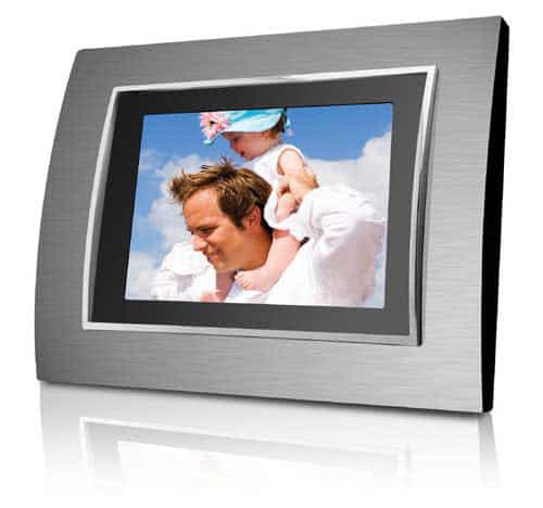 "DP767 - Coby 7"" Widescreen Photo Frame"
