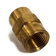 "07443050 - 1/8"" Coupling (Brass)"