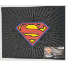 0241046 - Superman Logo Rubber Utility & Vehicle Mat